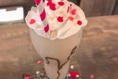 Frozen de capuccino, com decoração de Valentines Day